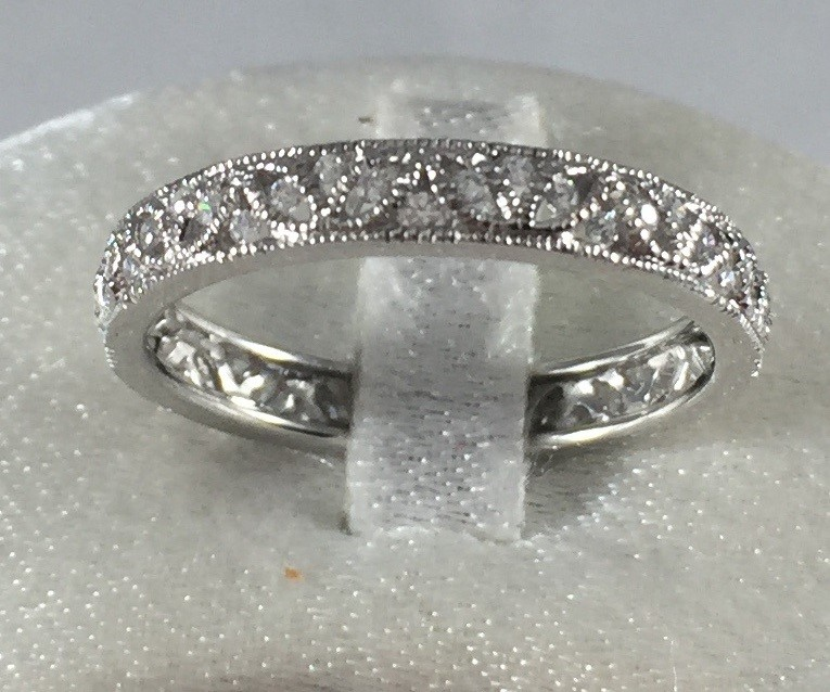 SILVER SAMPLE WITH CZ'S PRICED FOR 14 KARAT WHITE GOLD DIAMOND BAND WITH 48 DIAMONDS .26 CARAT TOTAL WEIGHT BY DIADORI