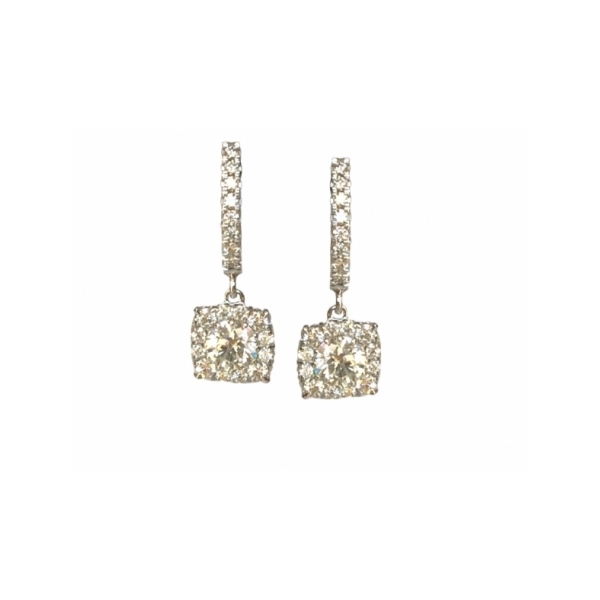 14 KARAT GOLD AND DIAMOND EARRINGS SET WITH by Hearts on Fire